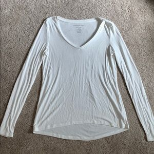 Soft and sexy ribbed V neck T
